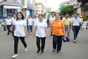 4.000 người đi bộ ủng hộ hơn 6,8 tỷ đồng chăm lo người nghèo