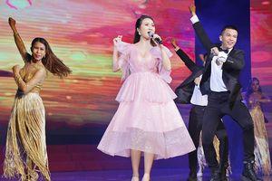 Cao Mỹ Kim 'cháy' hết mình trên sân khấu vì người khuyết tật