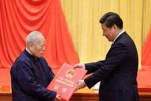'Cha đẻ' bom hạt nhân Trung Quốc qua đời, thọ 100 tuổi