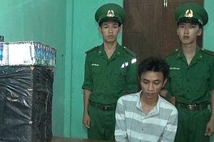 Bắt vụ vận chuyển 66kg pháo hoa từ Lào vào Việt Nam
