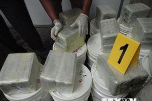 Hải quân El Salvador triệt phá vụ buôn ma túy lớn kỷ lục