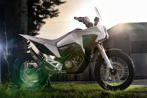 Honda CB125X: Xế phượt cỡ nhỏ cho dân tập chơi