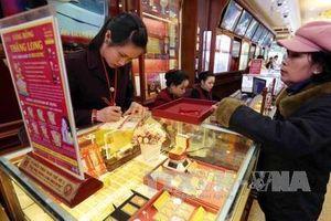 Chênh lệch giữa giá vàng trong nước và thế giới lại bị nới rộng