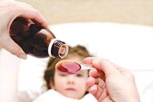 Mấy chú ý khi dùng thuốc sốt cho trẻ em