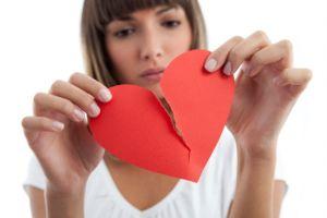 Liều thuốc nào trị cơn đau khi cuộc tình tan vỡ?