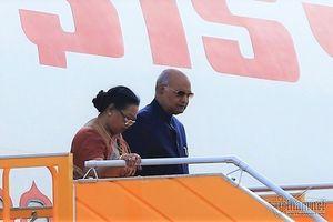 Tổng thống Cộng hòa Ấn Độ và phu nhân đến Đà Nẵng