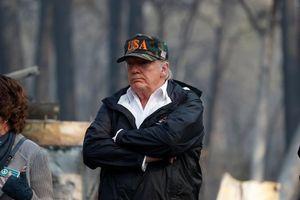 Tổng thống Trump thăm hiện trường vụ cháy rừng thảm khốc ở California