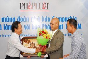 Đoàn báo chí Campuchia thăm, làm việc với báo Pháp Luật TP.HCM