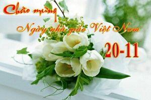 Ngày nhà giáo Việt Nam: 'Đừng tặng hoa, hãy tặng chúng tôi phong bì'