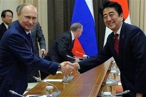 Nhật-Nga thúc đẩy quan hệ kinh tế: Lưới-cấm-vận Nga thủng lỗ chỗ