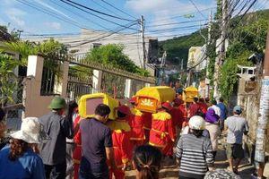 Đau xót đám tang 4 người gia đình thầy giáo bị vùi lấp ở Nha Trang