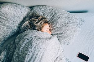 Thức dậy trước 6h để giảm stress và hạnh phúc hơn