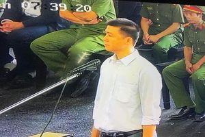 'Mẹ' Phan Sào Nam nói gì với con tại tòa xử vụ đánh bạc nghìn tỷ?