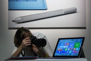 Microsoft thay thế Surface Pro 4 bị lỗi sau khi cập nhật firmware