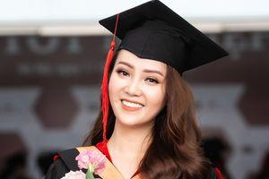Á hậu Thụy Vân nhận bằng tốt nghiệp thạc sĩ MBA