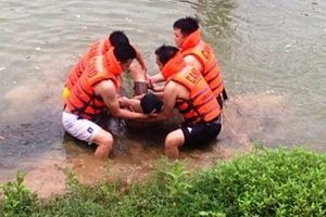 Rủ nhau tắm sông, 3 học sinh lớp 9 đuối nước