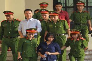 Phan Sào Nam bất ngờ vì lợi nhuận 'khủng' từ việc tổ chức đánh bạc