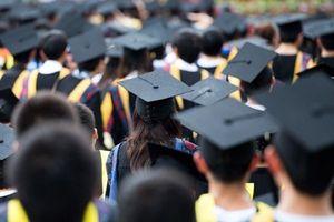 Khi cuộc sống đã tiến lên, giáo dục vẫn giẫm chân ở chỗ cũ?