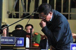Ông Phan Văn Vĩnh nhận tội trước tòa: 'Bị cáo hết sức thấm thía, ân hận'