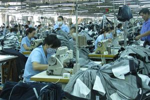 TPHCM: Không còn dư địa phát triển ngành dệt may, da giày