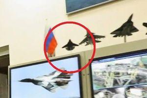 Truyền hình Nga 'vô tình' để lộ mô hình tiêm kích thế hệ thứ 6 Pigeon
