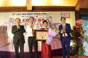 Bộ sưu tập 100 chiếc xe đạp Peugeot cổ nhận Kỷ lục Quốc gia