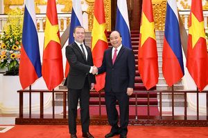Thủ tướng Medvedev: Nga mong muốn có các dự án năng lượng chung với Việt Nam
