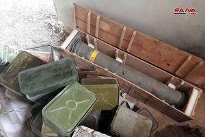 Quân đội Syria phát hiện một kho vũ khí mới ngoại ô Damascus, có cả tên lửa TOW