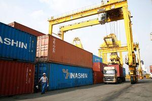 Cơ hội đan xen thách thức đối với xuất khẩu