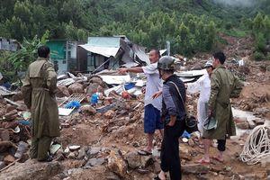 Thương tâm vợ chồng thầy cô giáo và 2 con nhỏ tử vong trong trận mưa sạt lở kinh hoàng ở Nha Trang