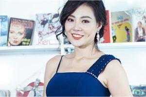Clip: Khi Lan 'cave' trong 'Quỳnh búp bê' chuyển nghề sang ca hát