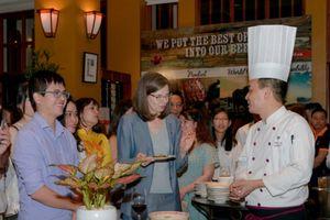 Thưởng thức thực phẩm cao cấp, đặc trưng của Canada tại Hà Nội