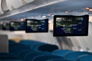 Vietnam Airlines ứng dụng giải trí không dây trên máy bay