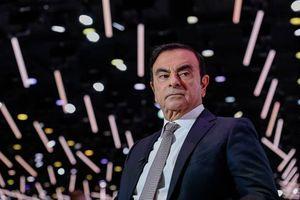Chủ tịch Công ty xe hơi Nissan bị bắt giữ