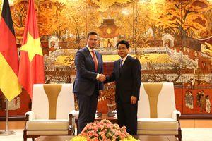 Hà Nội luôn coi trọng phát triển quan hệ hợp tác với các địa phương của Đức