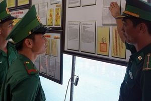 Trưng bày nhiều tư liệu quý về Hoàng Sa, Trường Sa tại Bạc Liêu