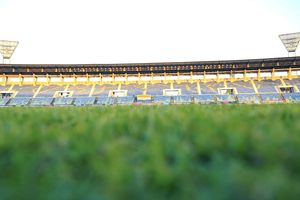 Cận cảnh sân bóng tổ chức trận đấu giữa Myanmar và tuyển Việt Nam