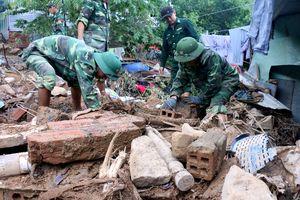 18 người chết do lở đất ở Nha Trang