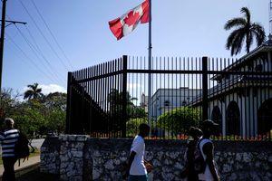 Vụ 'tấn công sóng âm' tại Cuba: Nhân viên ngoại giao Canada bị bỏ rơi