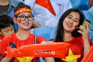 Sự cuồng nhiệt của CĐV Việt Nam khiến người Malaysia chạnh lòng