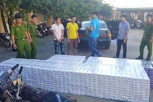 CSGT Bình Định 'tóm' được 1.250 cây thuốc lá ngoại không có nguồn gốc