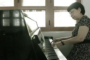 Mừng ngày Nhà giáo Việt Nam 20.11: Những trăn trở của nữ nhạc trưởng