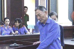Nguyên Tổng giám đốc Cty tài chính cao su Việt Nam lại hầu tòa