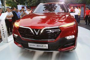 SUV hạng sang VinFast Lux SA 2.0 có giá từ 1,136 tỷ đồng