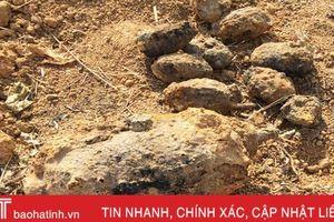 Phát hiện nhiều mìn, lựu đạn khi cải tạo vườn tại Vũ Quang