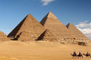 Giấy cổ papyrus hé lộ bí mật về việc xây dựng kim tự tháp