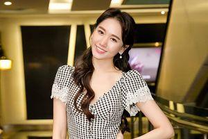 Hari Won khiến nhiều người thích thú khi chia sẻ thông tin chuẩn bị làm mẹ bỉm sữa
