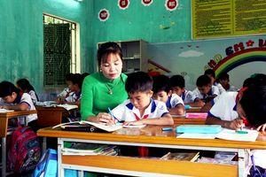 Tuyên Quang: Cô giáo 15 năm liên tục là giáo viên dạy giỏi