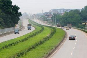 Bạn đọc bức xúc vì đường cao tốc Hà Nội - Thái Nguyên xuống cấp nghiêm trọng