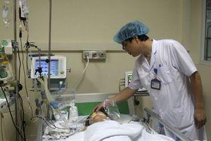 Truyền 2 lít máu cứu người phụ nữ bị tai nạn vỡ tim, sốc đa chấn thương nặng